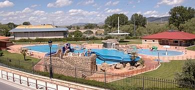 Palacio de los condes de rodezno for Piscinas municipales bilbao
