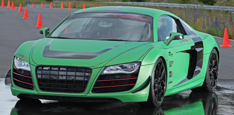Racing+One+R8+V10+1.jpg