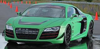 [Resim: Racing+One+R8+V10+1.jpg]
