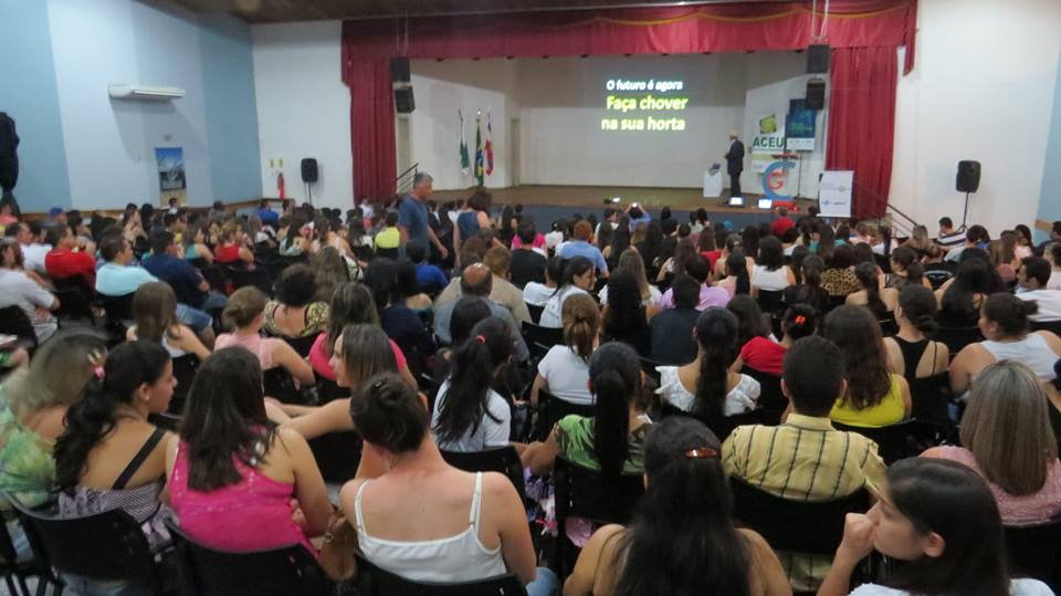 Palestra de encerramento na 7ª Semana Empresarial Ubiratã PR