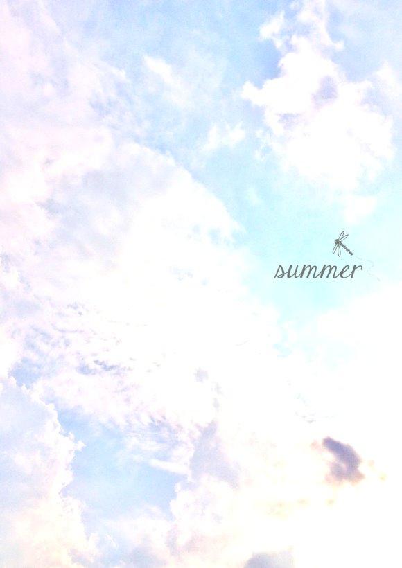 Sommerhimmel mit Schäfchenwolken