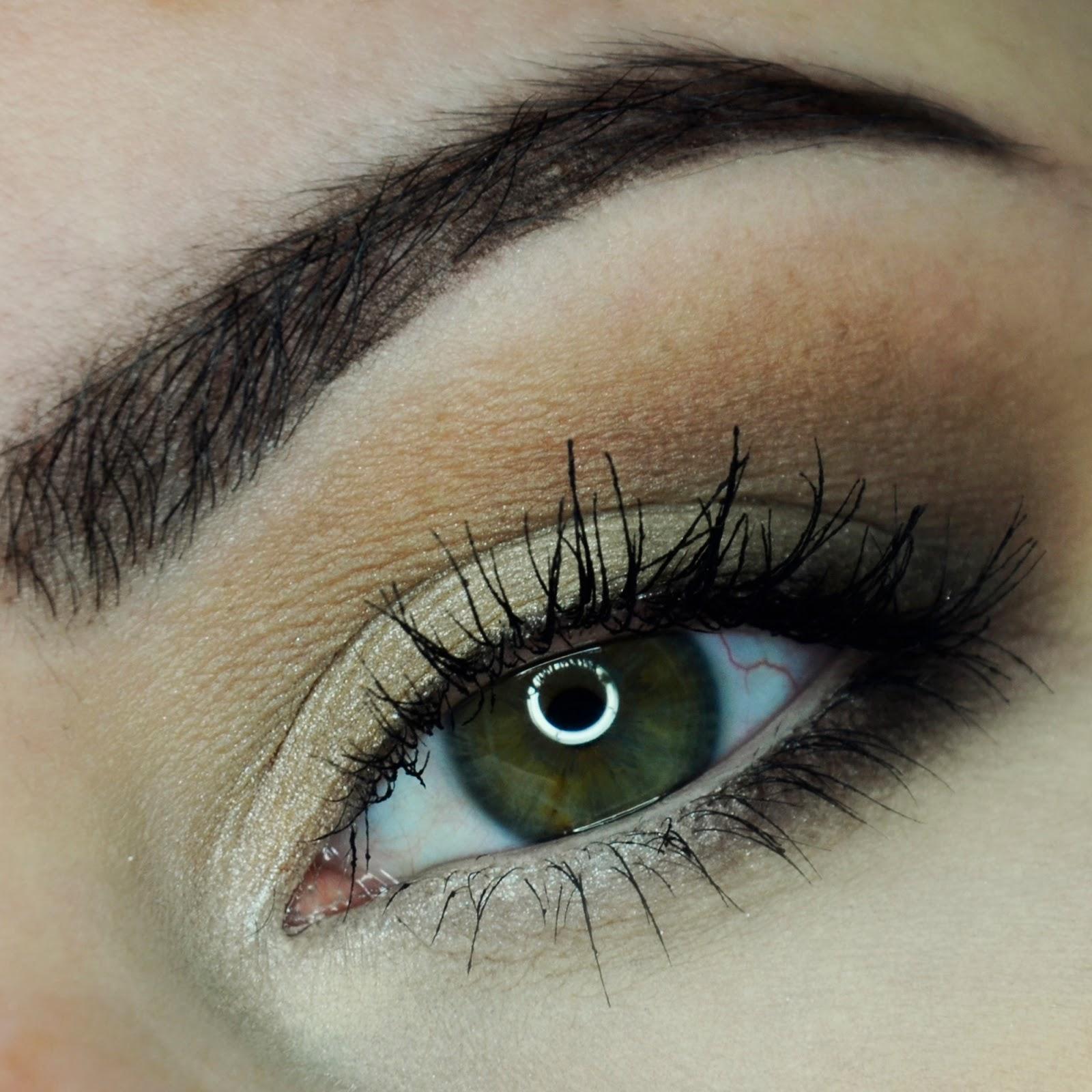 Jak powiększyć optycznie oko