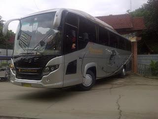 gambar bus pariwisata bekasi