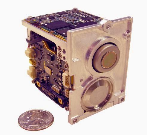 Миниатюрная (640 х 512) MWIR ИК-камера NIGHTWARRIOR 640