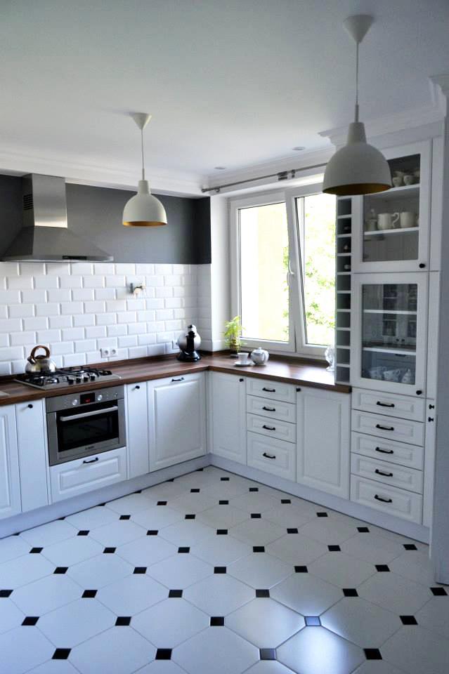 MAKE NEW HOME Kuchnia i przedpokój w angielskim stylu -> Kuchnia Przedpokój Inspiracje