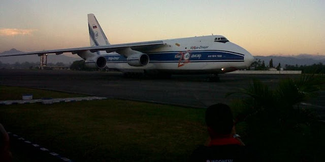 Dua Pesawat Sukhoi SU-30 MK2 Pesanan TNI AU Kembali Tiba di Makassar