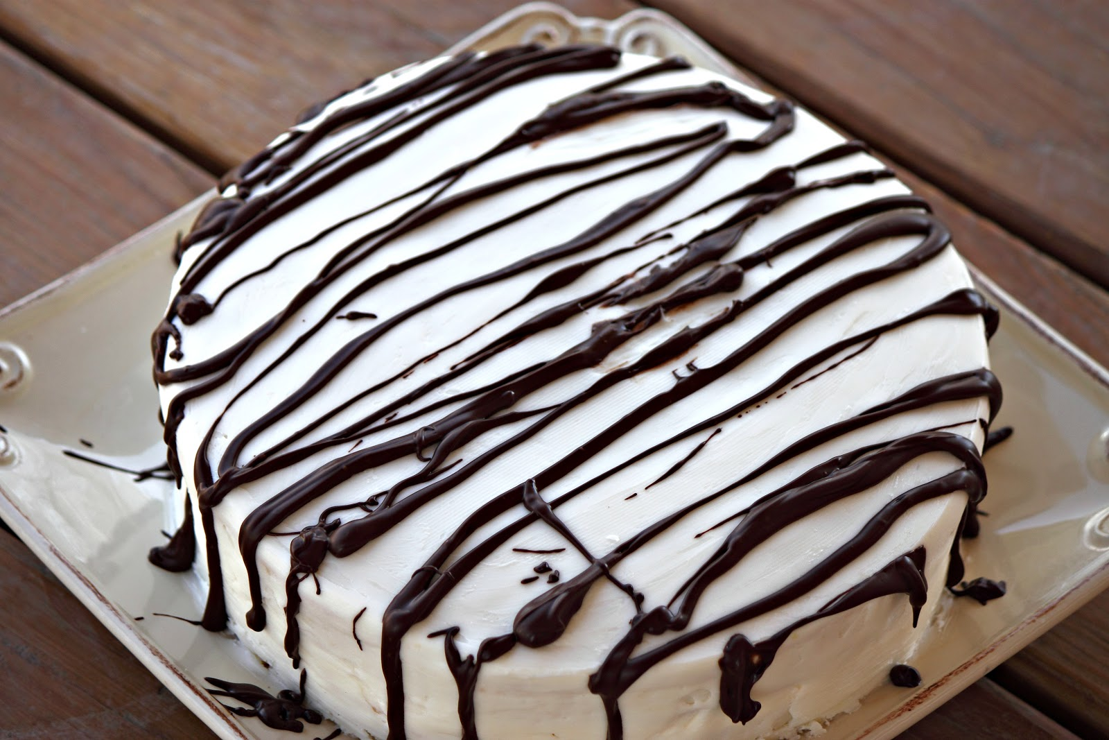 The Hub of our Home: Giant Zebra Cake
