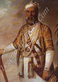 Muhammad All Walahjah (1717-95), Nawab of Arcot, depicted in bejeweled splendour by Tilly Kettle. His gift of five superb diamonds to Queen Charlotte in 1777 was insufficient to keep the menacing East India Company at bay (derail).