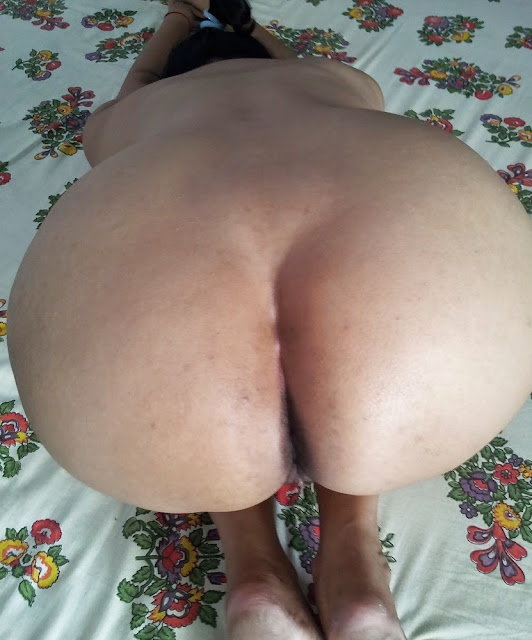 south housewife doggy style huge gaand show