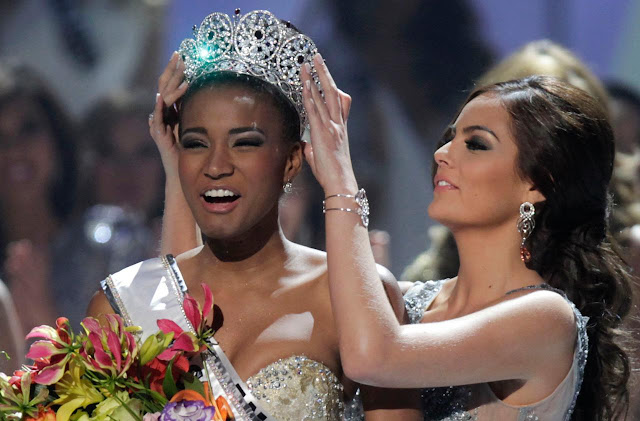 Leila Luliana da Costa Vieira Lopes was crowned Miss Angola 2011 and Miss Universe 2011