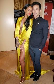 Риана в секси жълта рокля от сатен на Грами 2014
