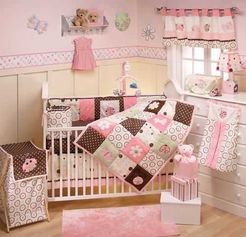 Baby nursery room deasign Baby girl room ideas