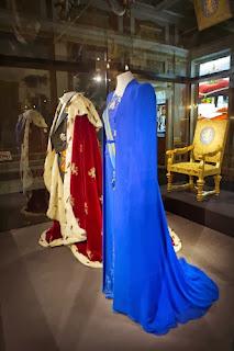 Fotografia do vestido da coroação da Rainha Máxima