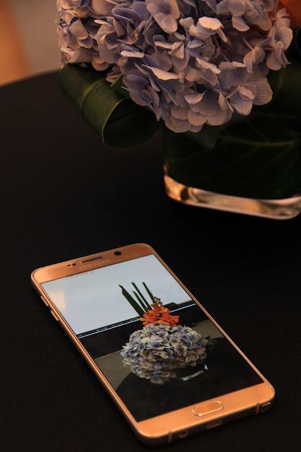 Samsung Galaxy Note5 | www.rambleandwander.com