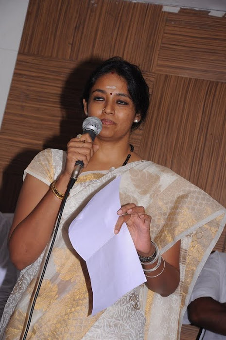 ranjitha press meet unseen pics