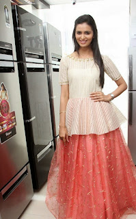 Actress Meenakshi Dixit Latest Pictures at Yes Mart Launch  22.jpg