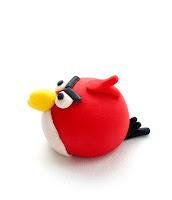 Red Angry birds iz tičino mase - Angry birds fondant