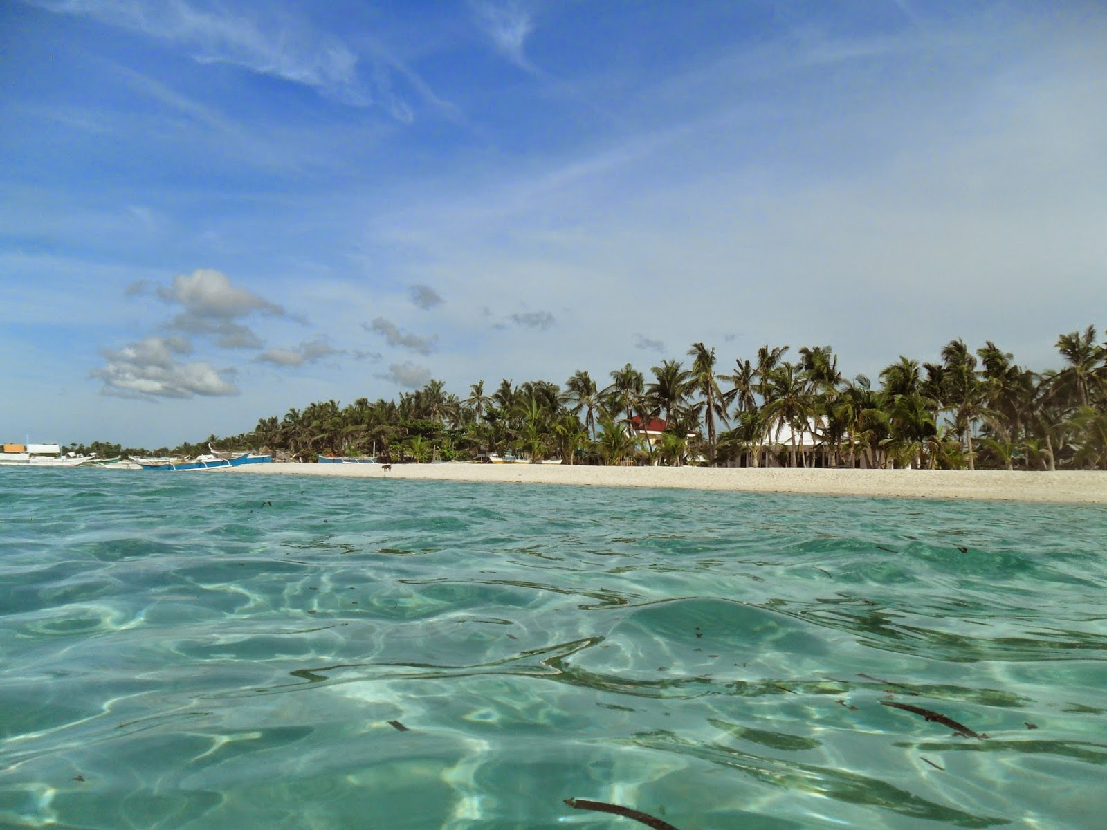 Cebu Bantayan Sugar beach clear waters