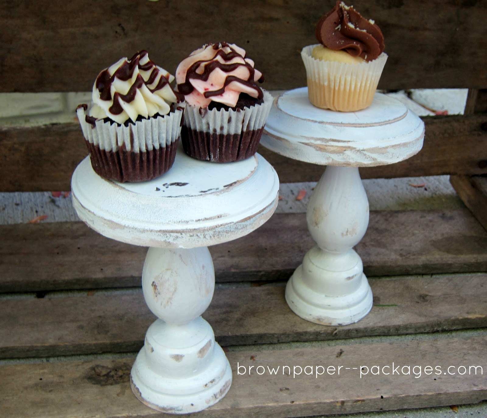 Someday Crafts: DIY Cupcake Stands. Full resolution  portrait, nominally Width 1600 Height 1374 pixels, portrait with #846747.