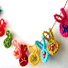 DIY little crochet bunny garland