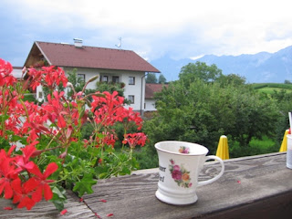 Tyrolean geraniums in Tulfes