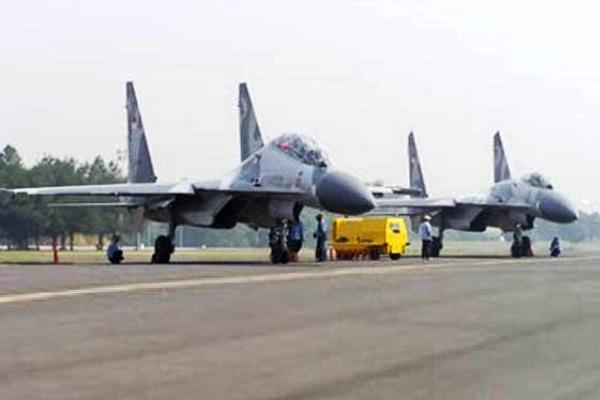 Jet Tempur Sukhoi SU-30 MK2 TNI-AU. PROKIMAL ONLINE Kotabumi Lampung Utara