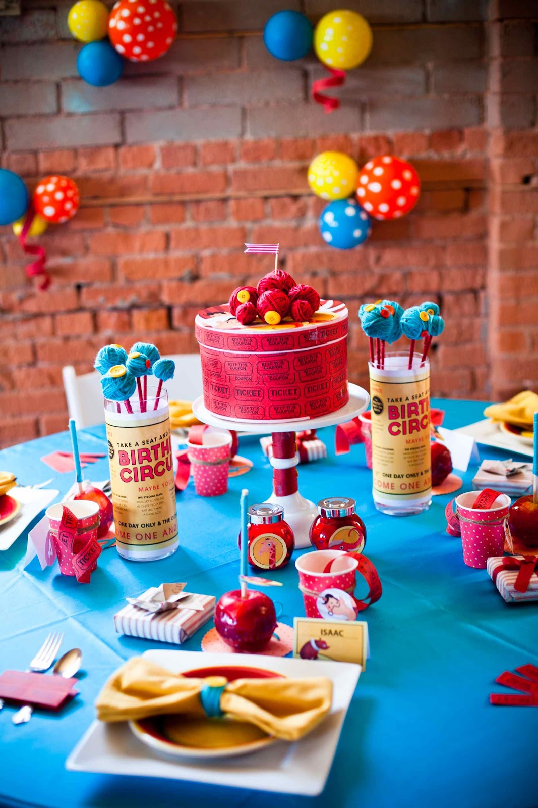 Birthday Table Decorations Ideas