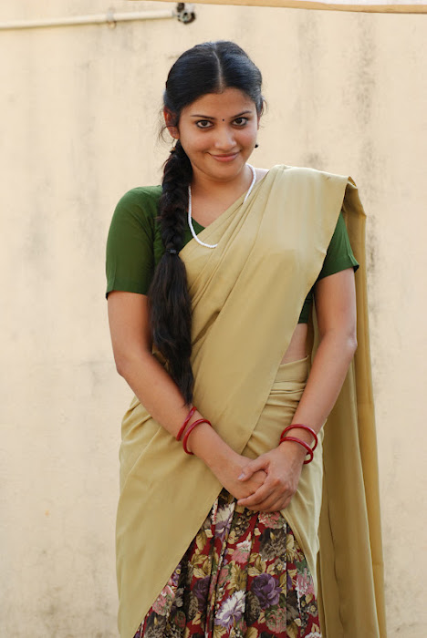 shivada nair half saree @ nedunchalai movie latest photos