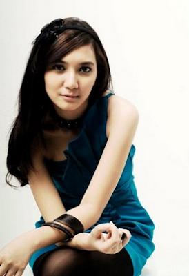 Biografi Sheila Dara Aisha