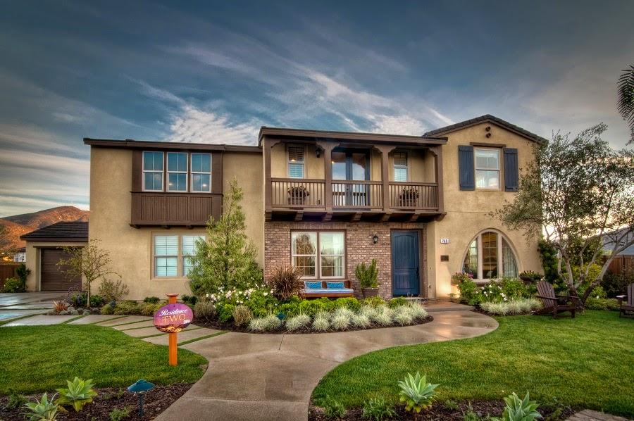 Home exterior ideas januari 2015 for Beautiful home exteriors