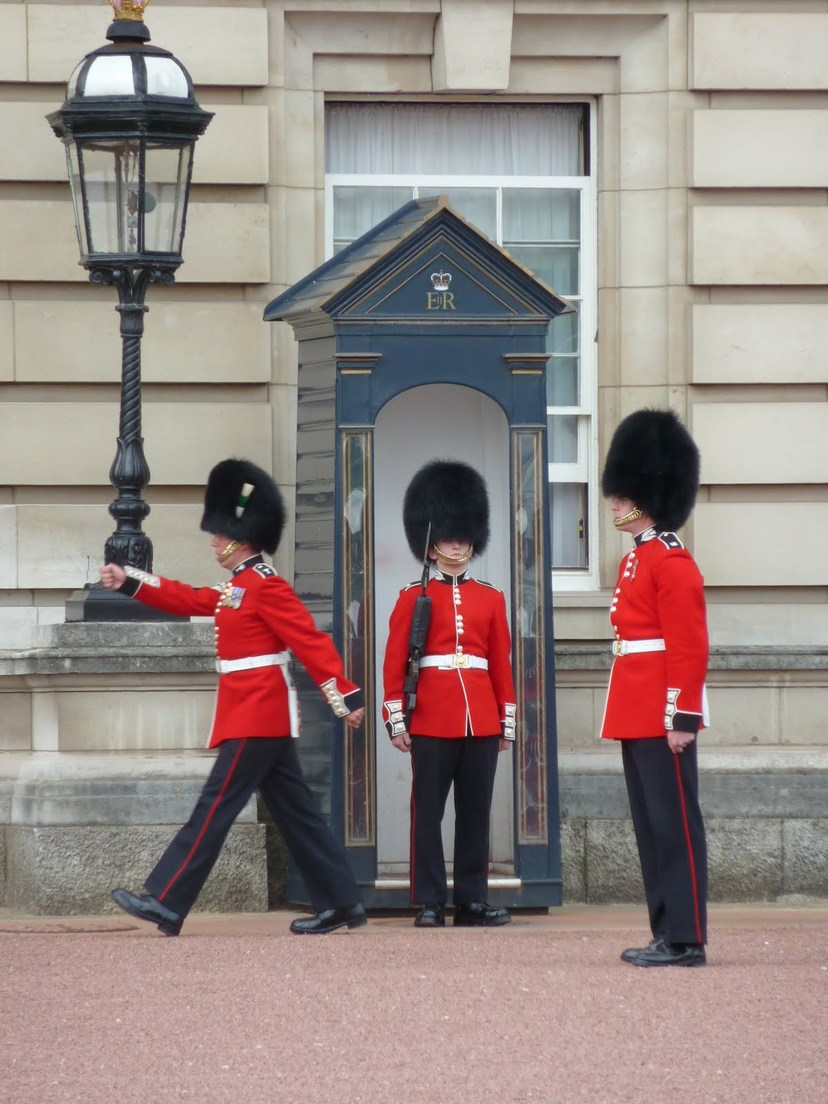 The gallery for --> Buckingham Palace Guards Smile