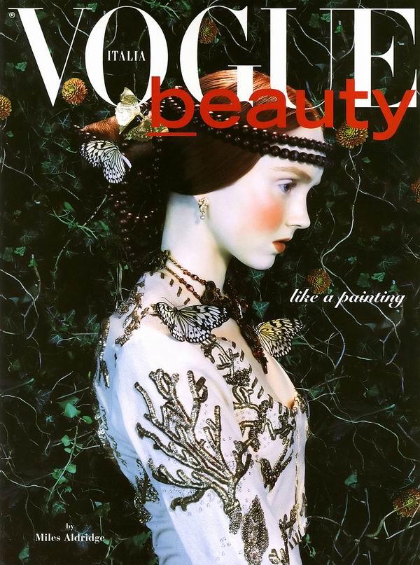 http://2.bp.blogspot.com/-4o0lbdAeY20/TpxWz9UsuKI/AAAAAAAAArw/U7vX9kZeMXw/s1600/Miles+Aldridge+%25C3%2597+Lily+Cole+-+Vogue+Italia+February+2005+-+like+a+painting+-+001+%2528logo%2529.jpg