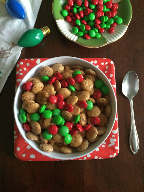 Gilmore Girls Christmas Traditions: Add red and green M&Ms to your Christmas morning cereal! // Honey and Smoke Studio