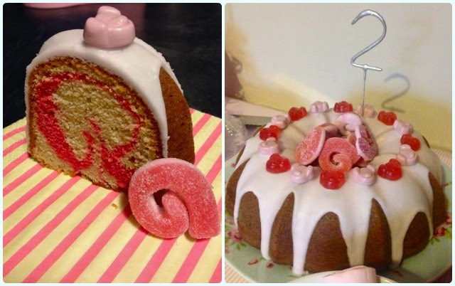 Pink Percy Pig Bundt Cake