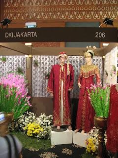 Pakaian Adat Betawi Jakarta DKI