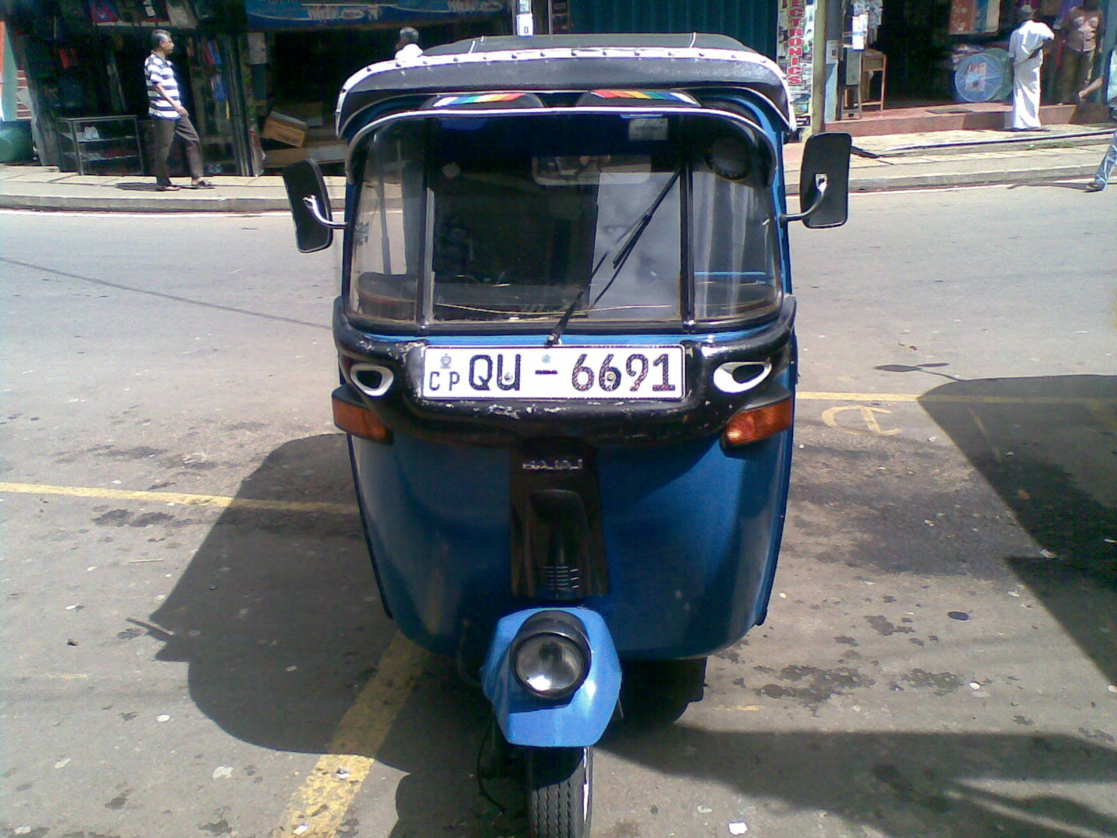 Ikman lk bikes for sale - Qu 6691 Bajaj 4st Three Wheeler Hand 85000 Leasing Available Per Month 9800 34 Exchange Can Be Possible Small Bike Cash