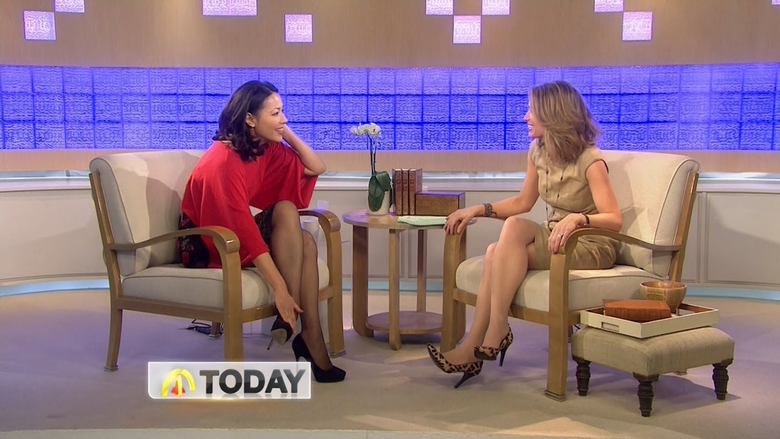 Amy Robach Legs Pictures: amy robach legs crossed high heels today ...