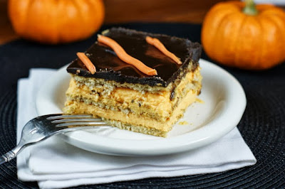 Halloween No-Bake Chocolate Eclair Cake