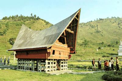 Rumah Balai Batak Toba (Rumah Adat Sumatera Utara/Sumut)