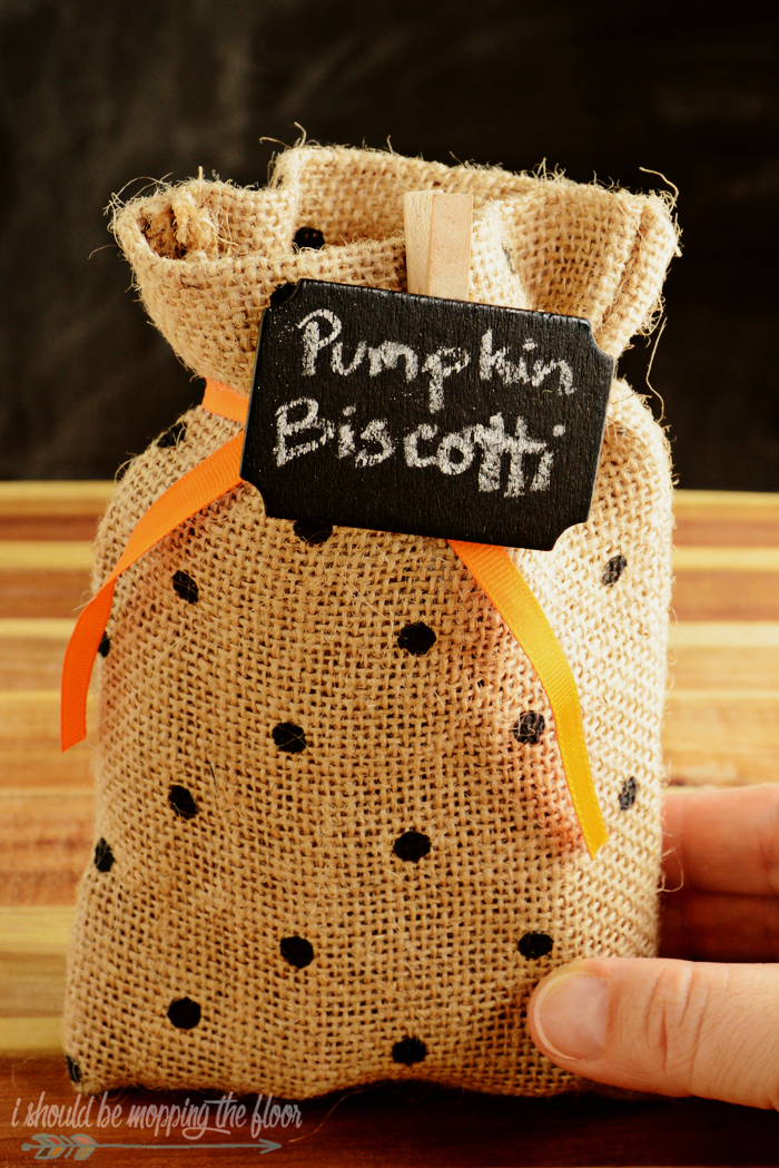 """Free Boo-ing Printables perfect for the classic Halloween Boo-It-Forward game. Includes """"I've/We've"""" Been Boo-ed versions."""