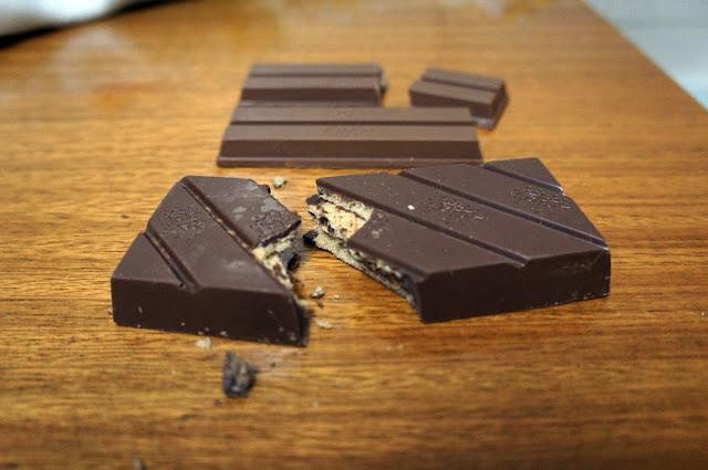 Kit Kat versus Bis Xtra