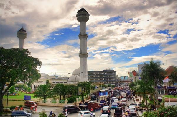 Alun Alun Kota Bandung, salah satau Tempat Bersejarah di Kota Bandung