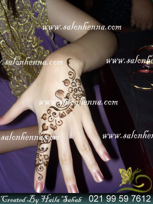 Disain Henna Simple