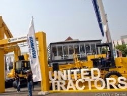 PT United Tractors Tbk - Recruitment S1 Fresh Graduate Staff April 2015