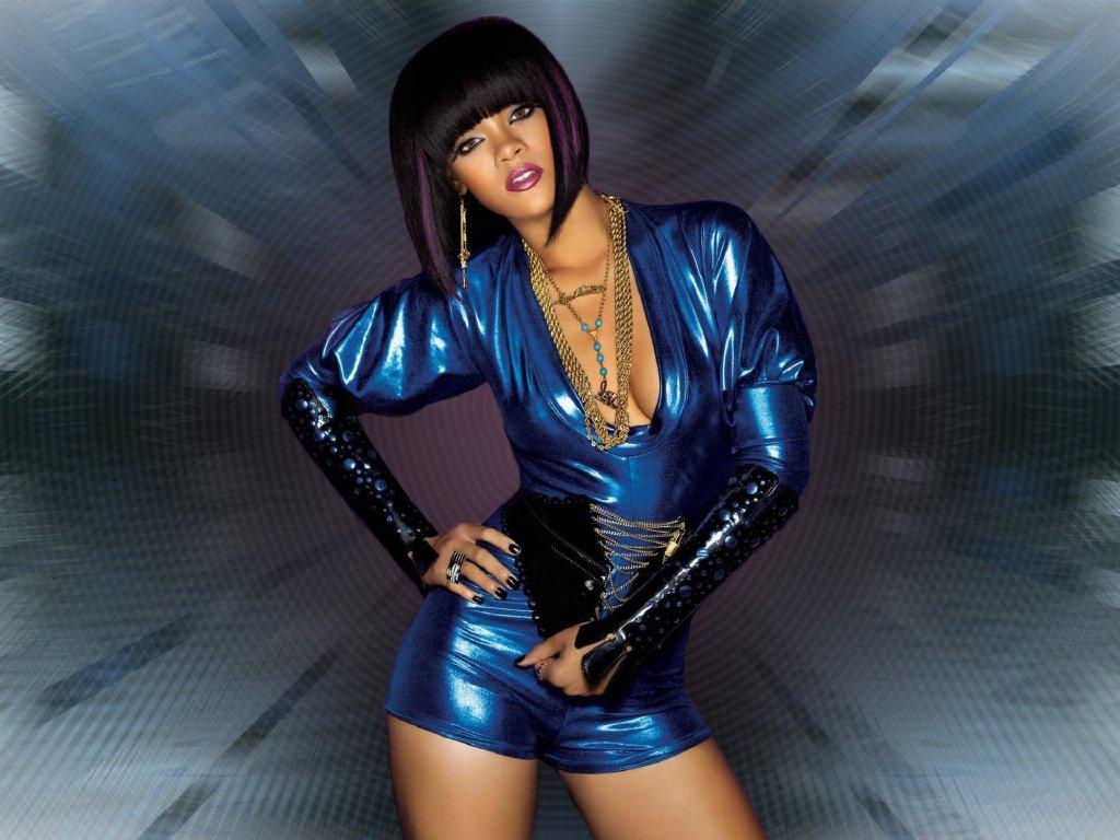 http://2.bp.blogspot.com/-4pKaUrcNG_I/TyjFrmx-r6I/AAAAAAAAIWY/XVsSBUv-dRg/s1600/Rihanna1.jpg