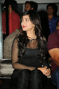 Shruti Haasan at Yevadu App Launch event-thumbnail-20