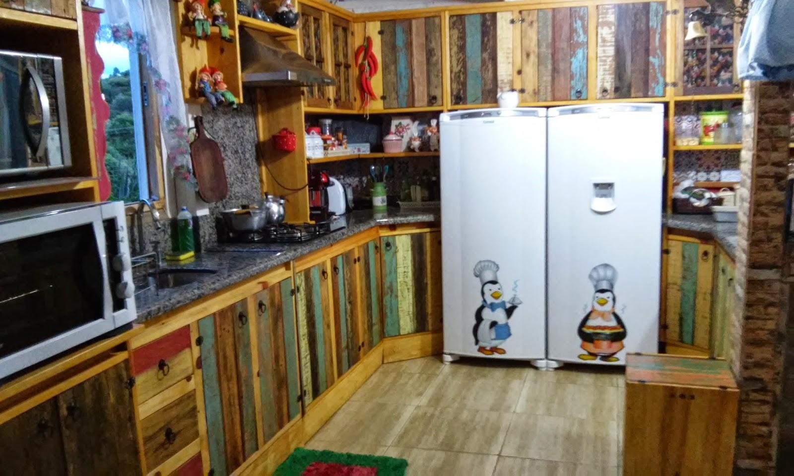 Fabycria: Minha cozinha de demolição!!! #67401B 1600x960