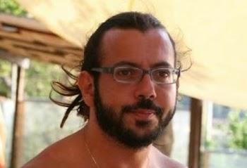 [Video] Αυτός ο 39χρονος Έλληνας Δημήτρης Δημόπουλος βγάζει 2000 ευρώ την ημέρα! Δείτε τι κάνει και θα εκπλαγείτε!
