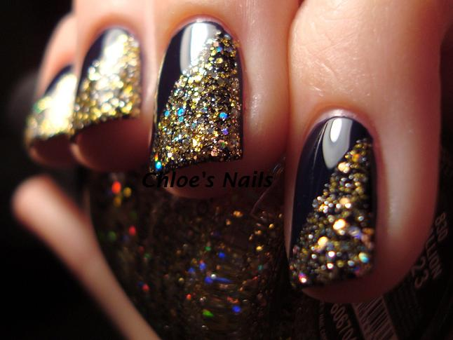 Chloe\'s Nails: Gold & Navy.............