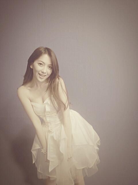 Jiyoung KARA Elegant Beauty